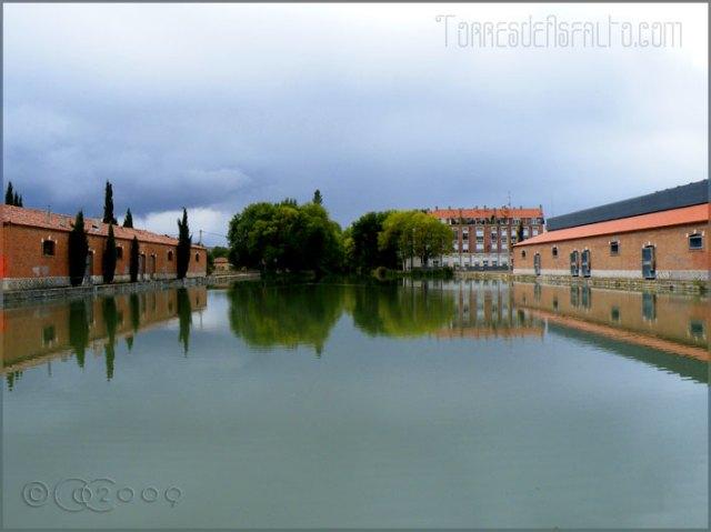Darsena del Canal de Castilla en Palencia