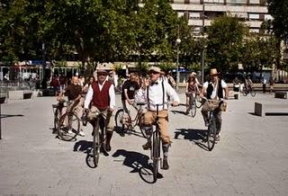 Bicis clasicas en fiestas de Palencia