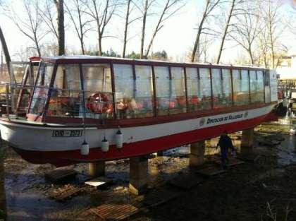 Mantenimiento barco turístico