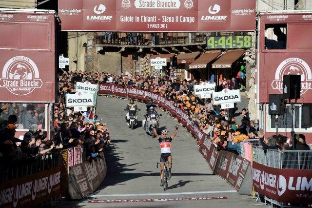 Strade_Bianche_finish